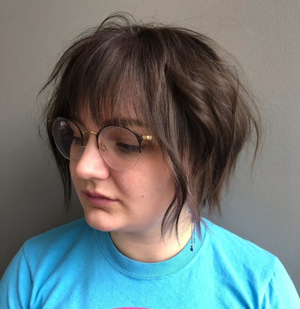10 Amazing Haircuts For Round Faces Hair Adviser Androgynous Haircuts For Round Faces