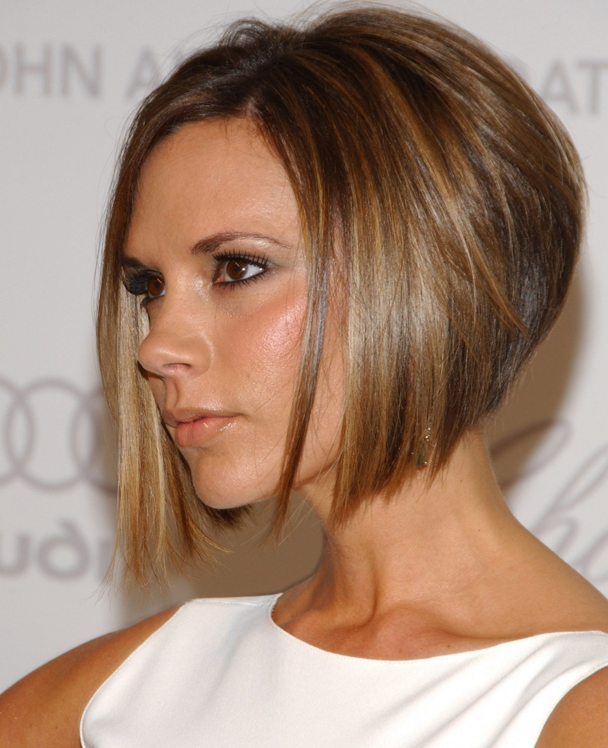 10 Angled Bob Hairstyles - Best Ideas for Bobs With an Angled Cut