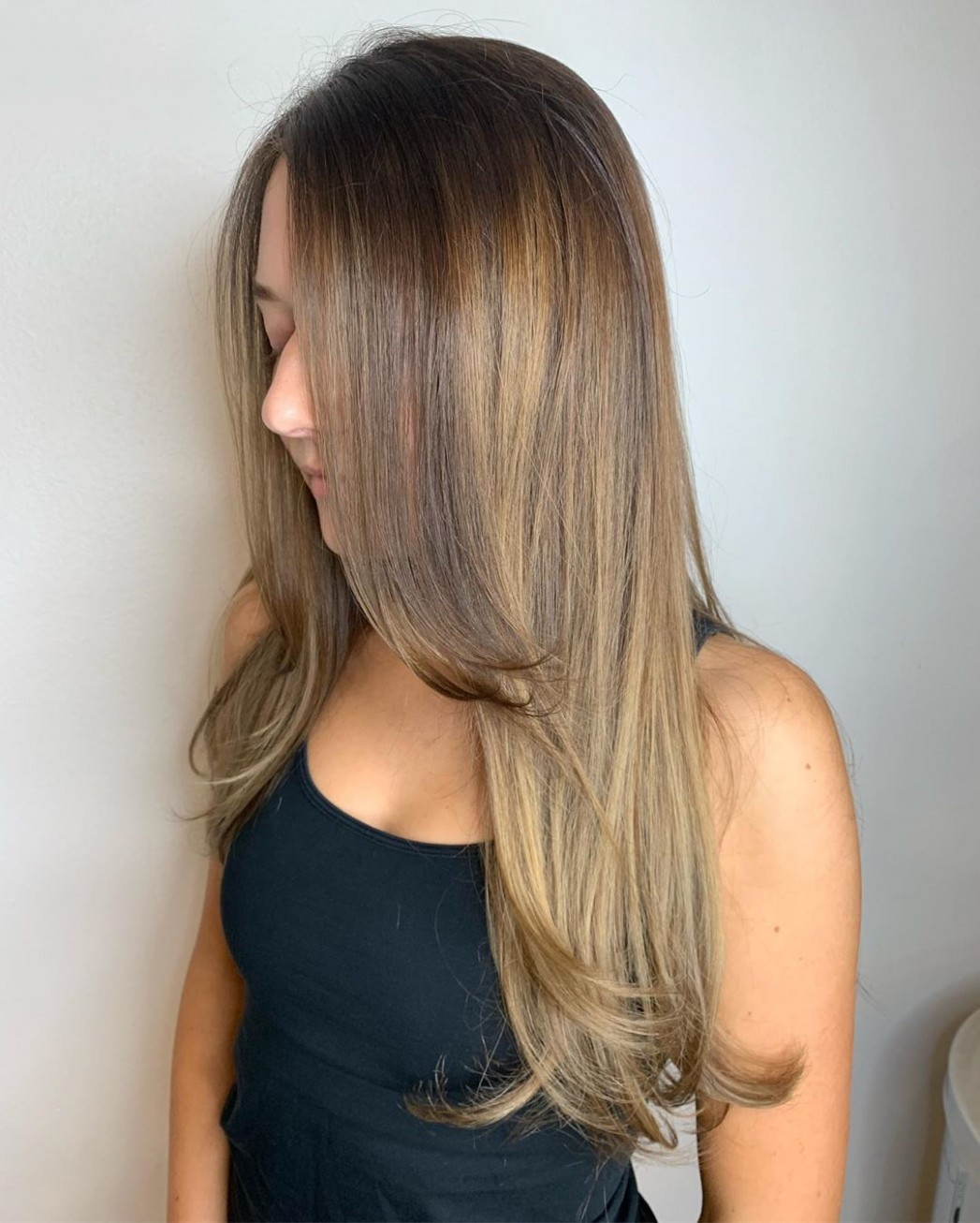 10 Best Layered Haircuts And Hairstyles For 10 Hair Adviser Face Frame Haircuts For Long Hair
