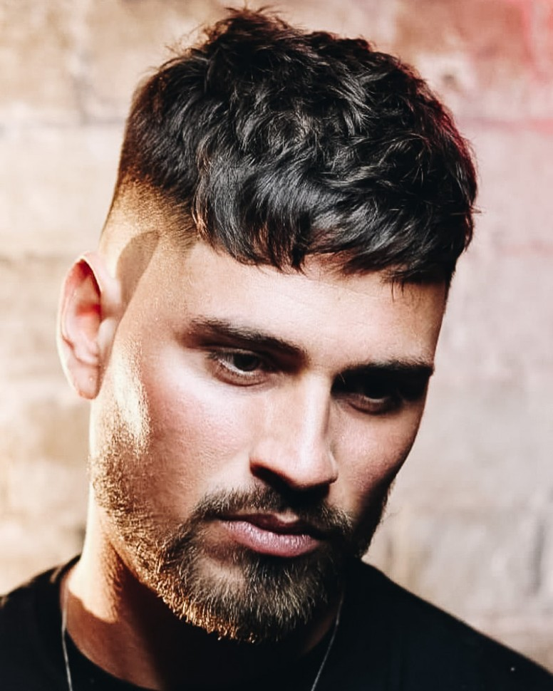 10 Best Short Haircuts: Men's Short Hairstyles Guide With Photos Short Messy Hair Men