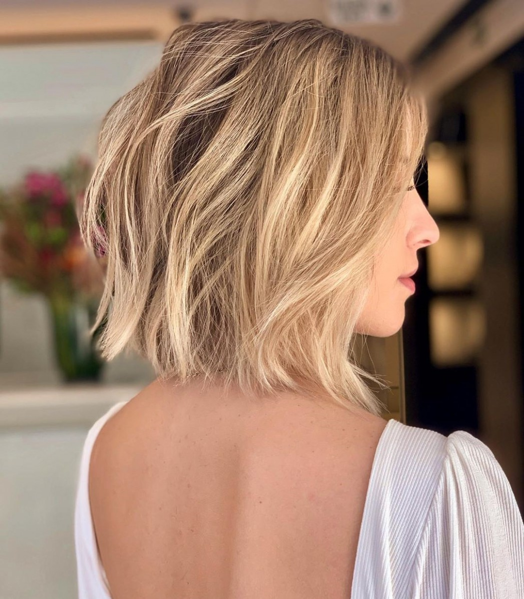 10 Blunt Cuts And Blunt Bobs That Are Dominating In 10 Hair Collarbone Length Bob