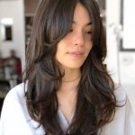 10 Cute And Effortless Long Layered Haircuts With Bangs Layered Haircuts For Long Wavy Hair