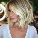 10 Hot Short Bobs With Bangs Haircuts And Hairstyles For 10 Inverted Bob With Side Bangs