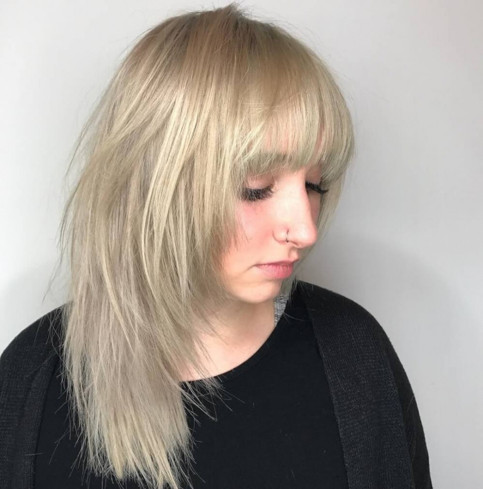 10 Hottest Medium Length Layered Haircuts & Hairstyles