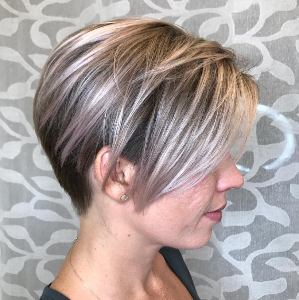 10 Long Pixie Cuts To Make You Stand Out In 10 Hair Adviser Stacked Pixie Cut