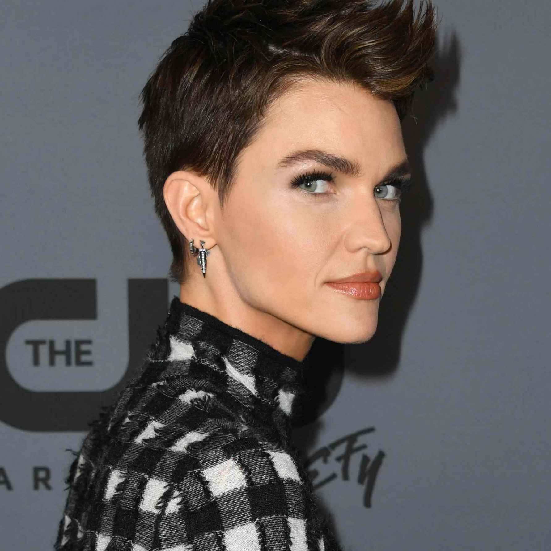 10 Long Pixie Cuts To Try No Matter Your Styling Skill Level Ruby Rose Pixie Cut