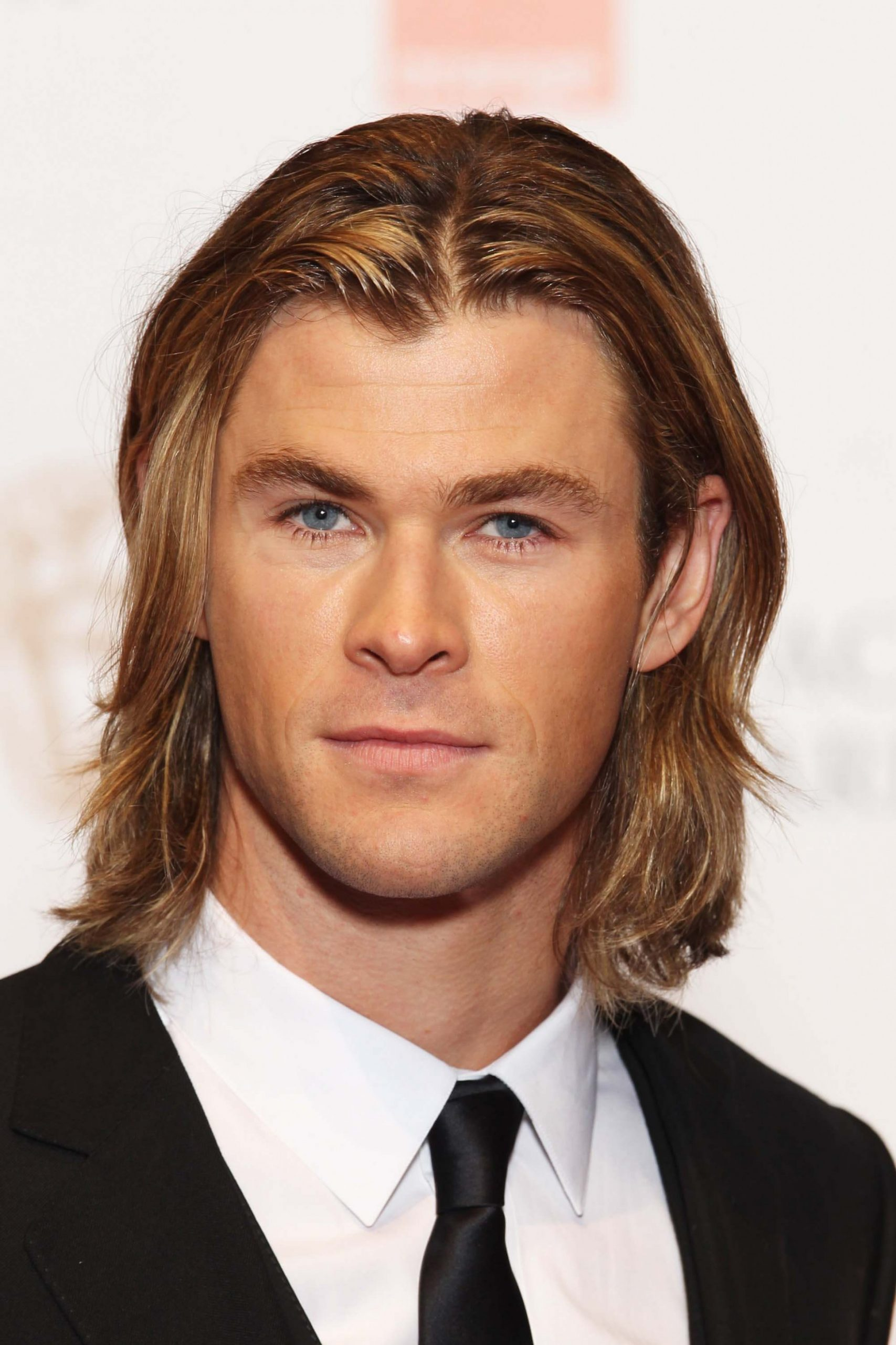 10 Men with Long Hair: All the Looks You Need to Know