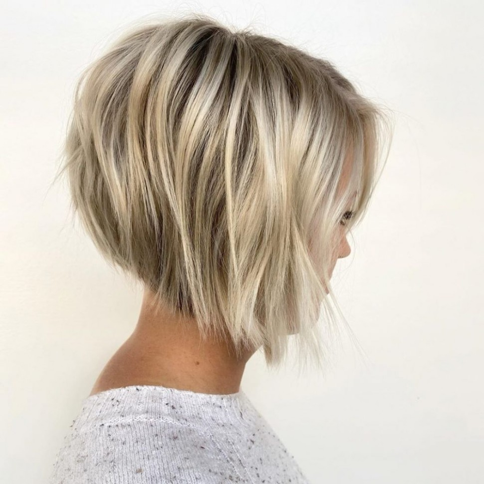 10 Modern Inverted Bob Haircuts Women Are Getting Now Blonde Inverted Bob
