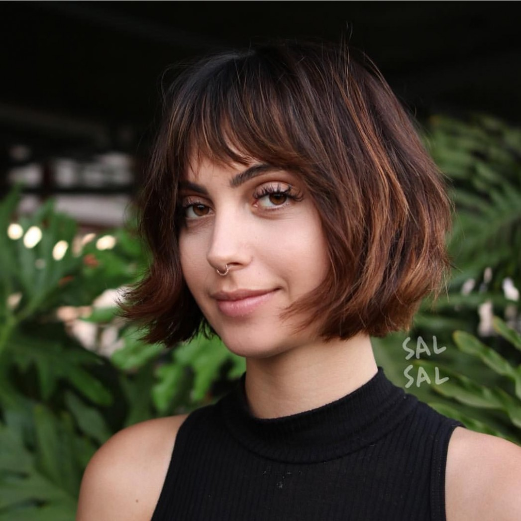 10 Most Flattering Bob Hairstyles For Round Faces 10 Short Bangs Round Face