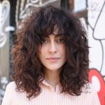 10 Natural Curly Hairstyles & Curly Hair Ideas To Try In 10 Medium Curly Hair