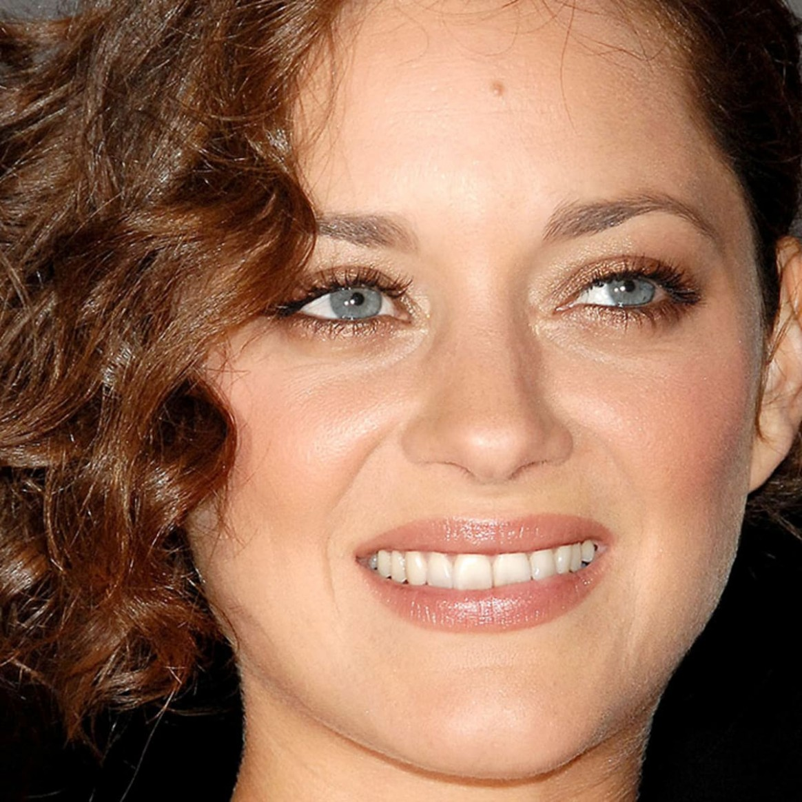 10 Of The Best Hairstyles For Medium Length Curly Hair The Medium Curly Hair