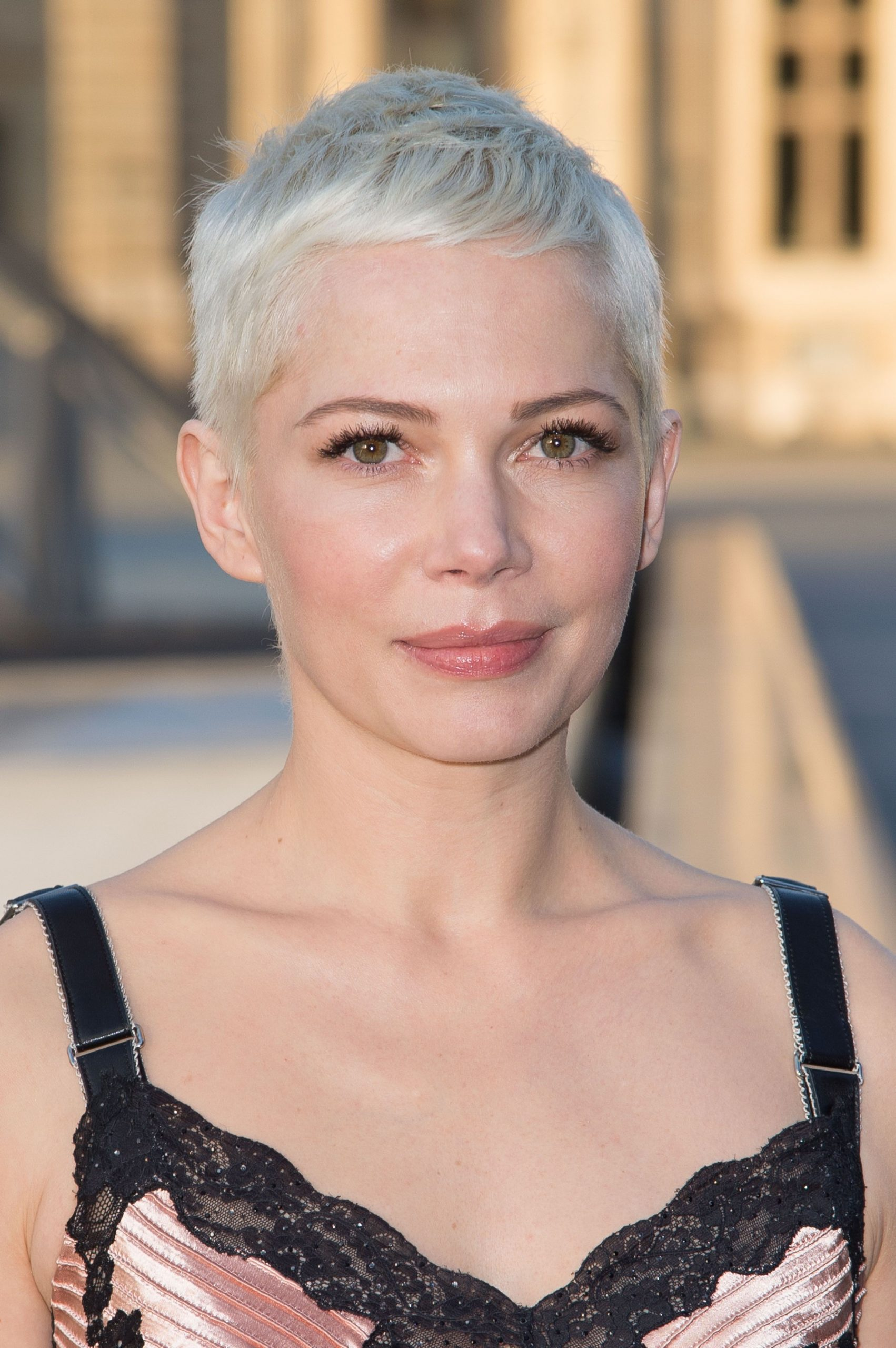 10 Pixie Cuts We Love For 10 Short Pixie Hairstyles From Super Short Pixie Cut