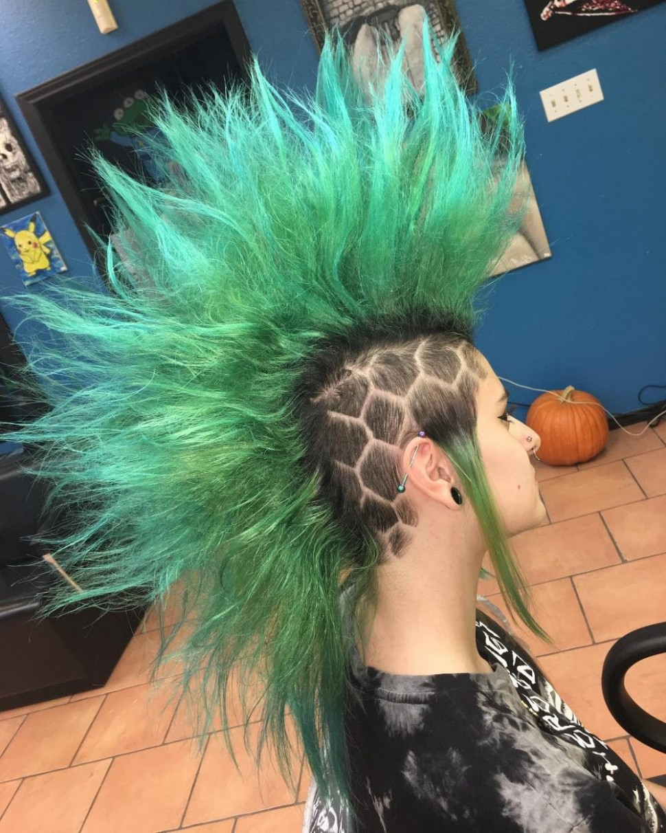 10 Punk Hairstyles For Women (Trending In 10) Long Punk Hairstyles