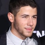 10 Selected Haircuts For Guys With Round Faces Buzz Cut Round Face