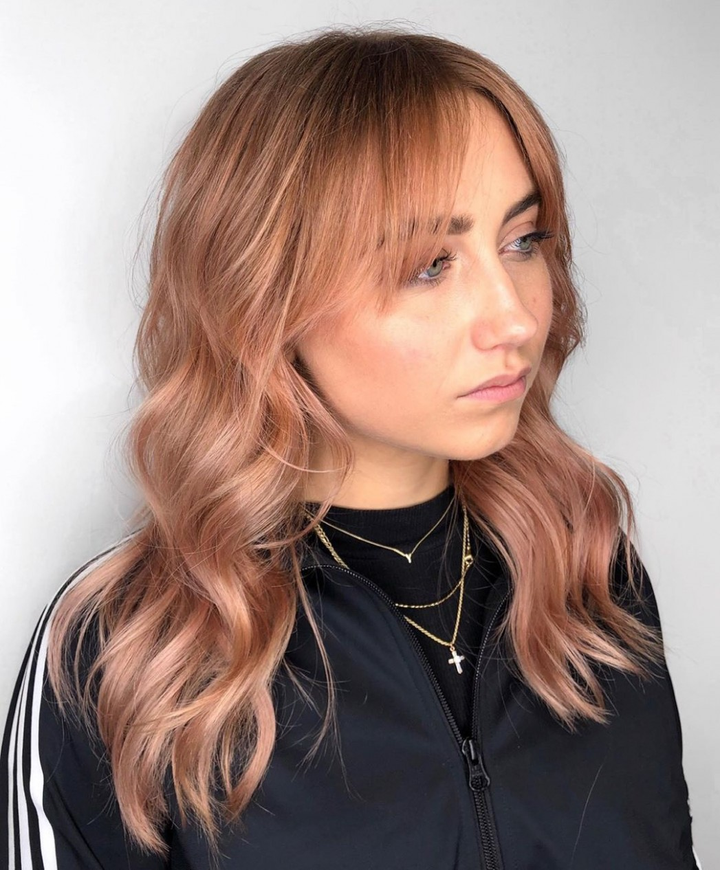 10 Trendy Haircuts And Hairstyles With Bangs In 10 Hair Adviser Long Parted Bangs