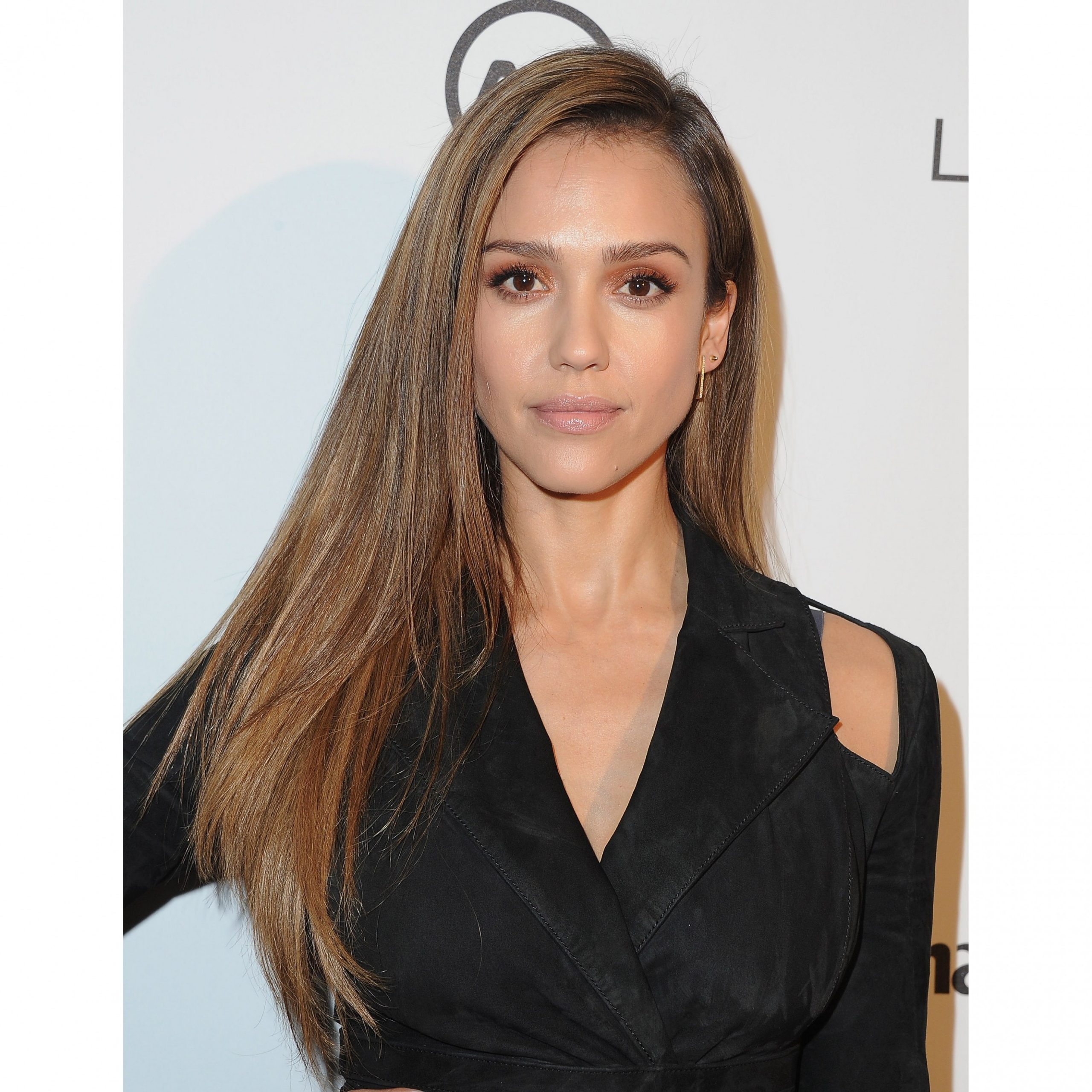11 Best Long Haircuts And Hairstyles Of 11 Long Hair Ideas Best Haircuts For Long Thick Hair