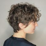 11: Casual Scrunched Hairstyle For Short Curly Hair Short Wavy Short Wavy Hair