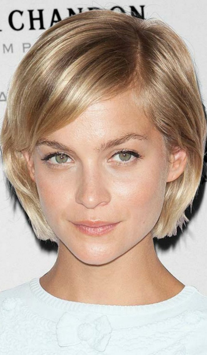 11 Gorgeous Short Straight Hairstyles That Will Inspire You Short Hairstyles For Thin Straight Hair