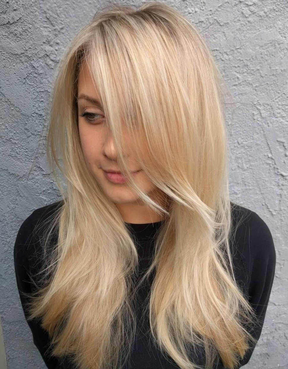 11 Long Hairstyles And Haircuts For Fine Hair Long Thin Hair Long Fine Haircuts