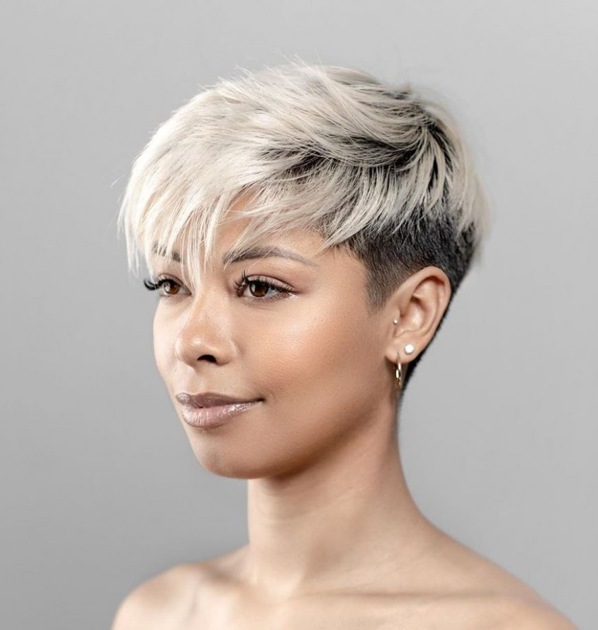 11 Super Flattering Haircuts For Oval Faces Hair Adviser Short Hairstyles For Thick Hair And Oval Face