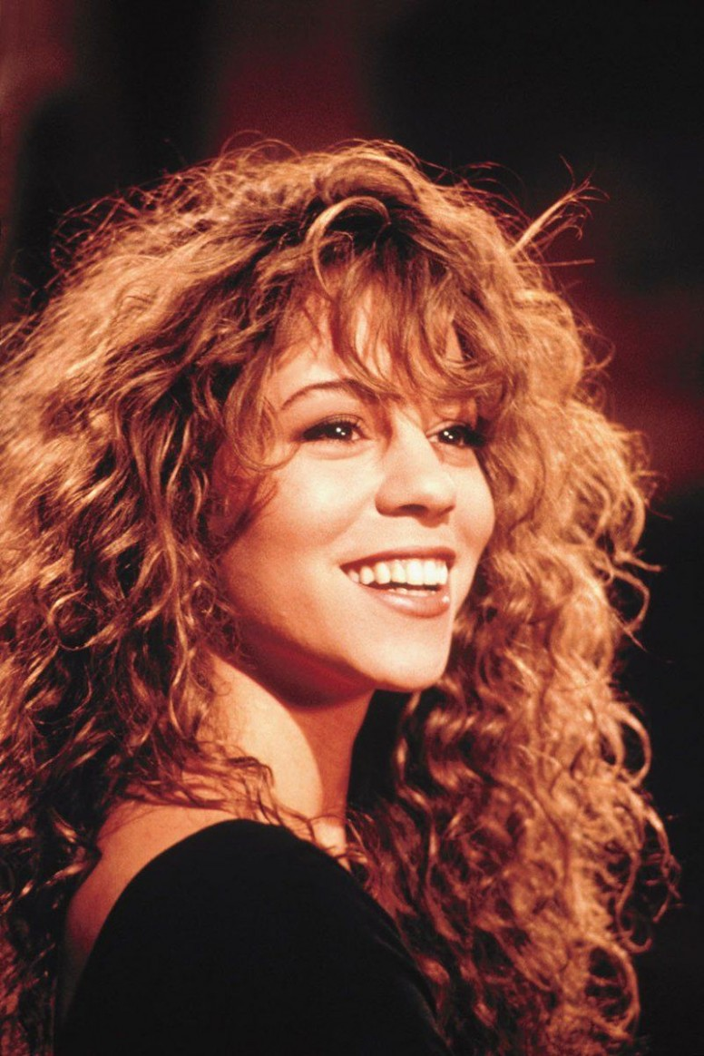 """12 Curly Bangs Hairstyle Ideas Seen on Celebs Who Refuse to """"Tame"""