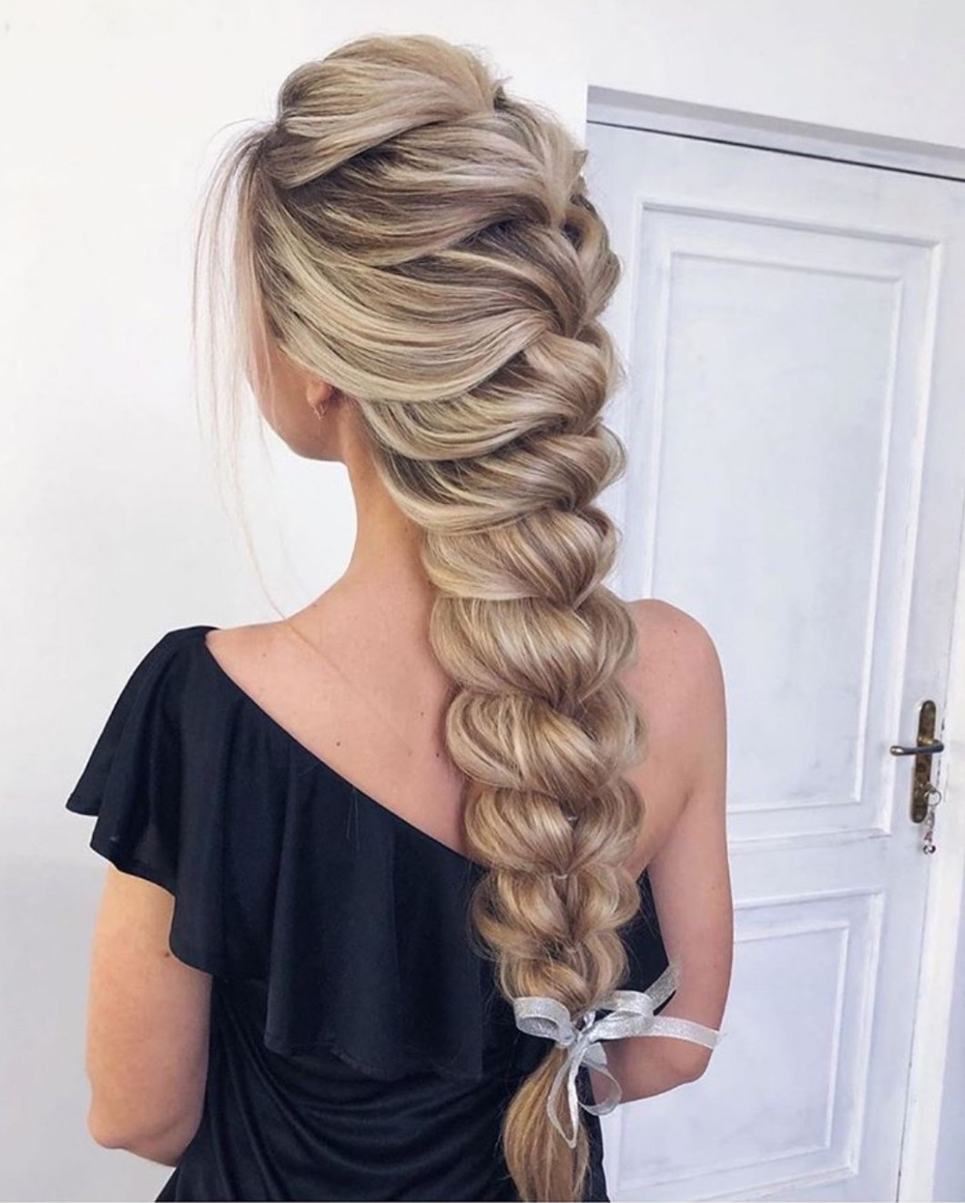 12 Easy Braided Hairstyles For Long Hair The Glossychic Easy Braided Hairstyles For Long Hair