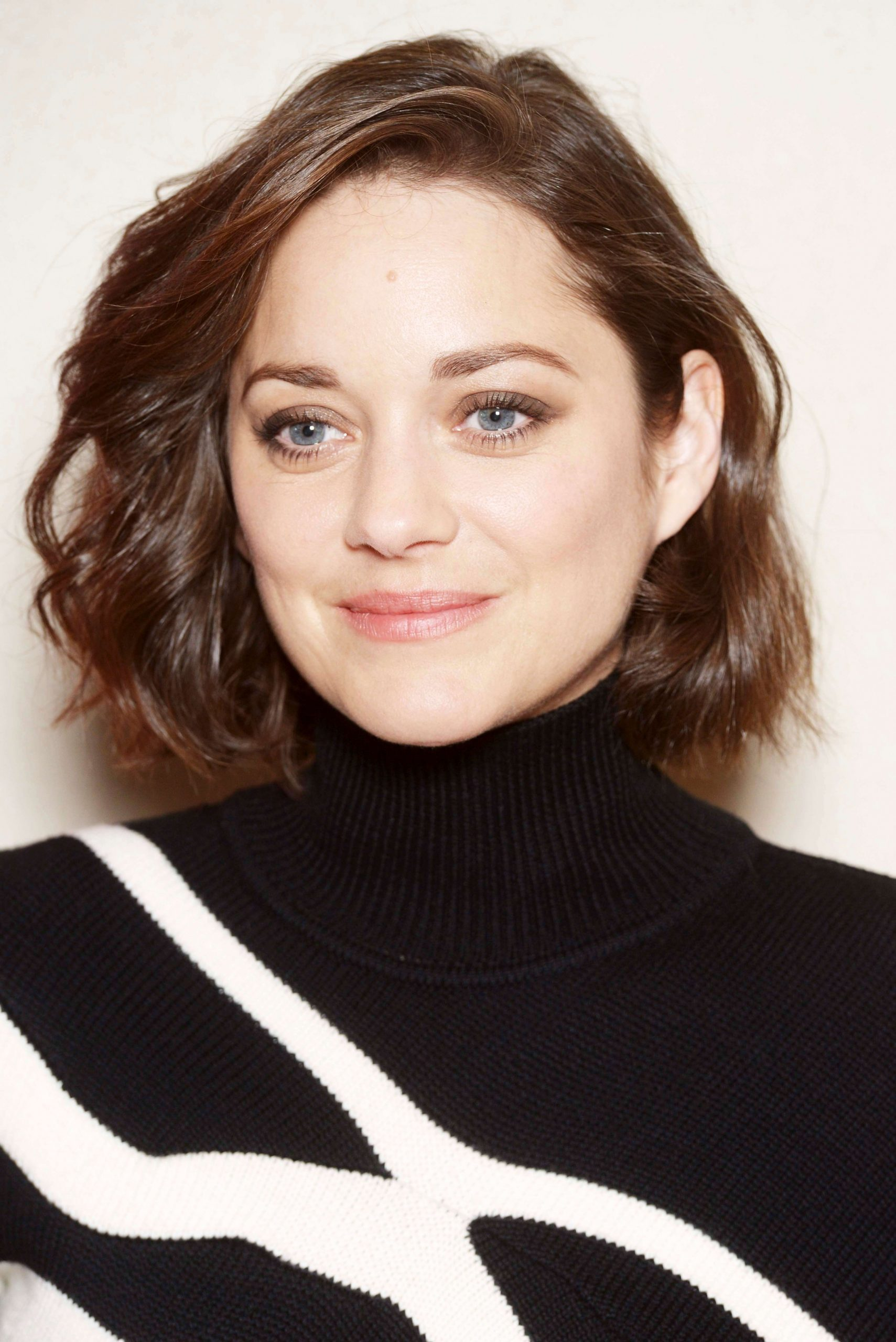 12 Flattering Short Hairstyles For Square Faces You Need To See Bob For Square Face