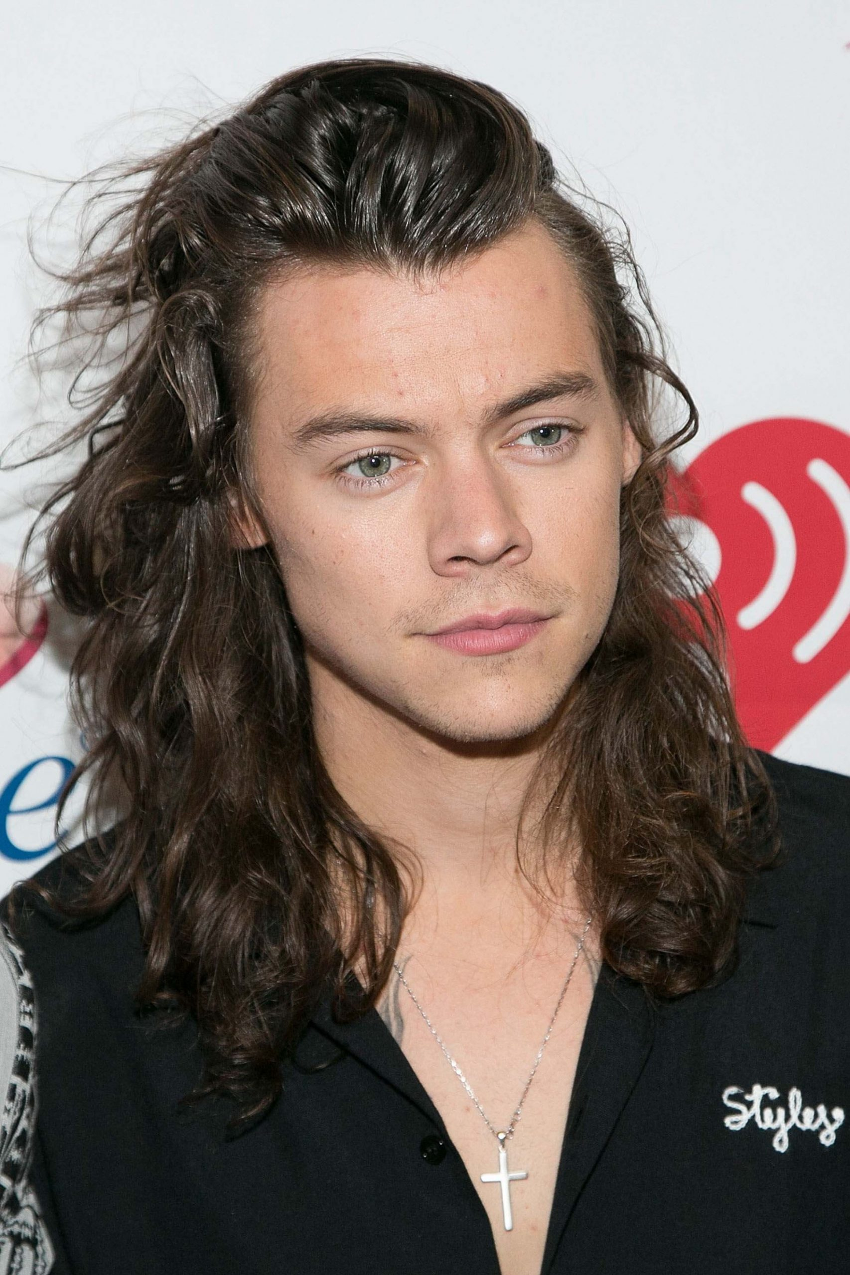 12 Men With Long Hair: All The Looks You Need To Know Long Wavy Hairstyles Men