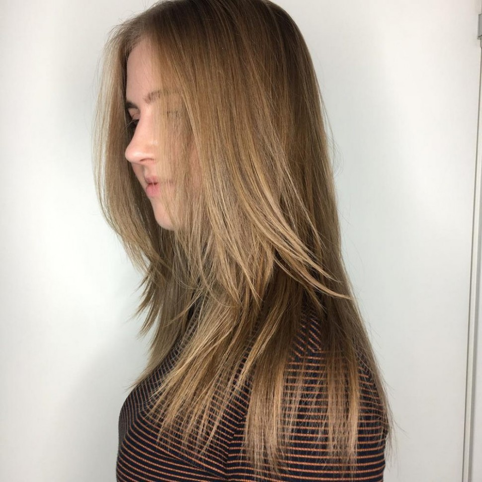 12 Most Flattering Long Hairstyles For Round Faces (12 Trends) Haircut For Long Hair Round Face