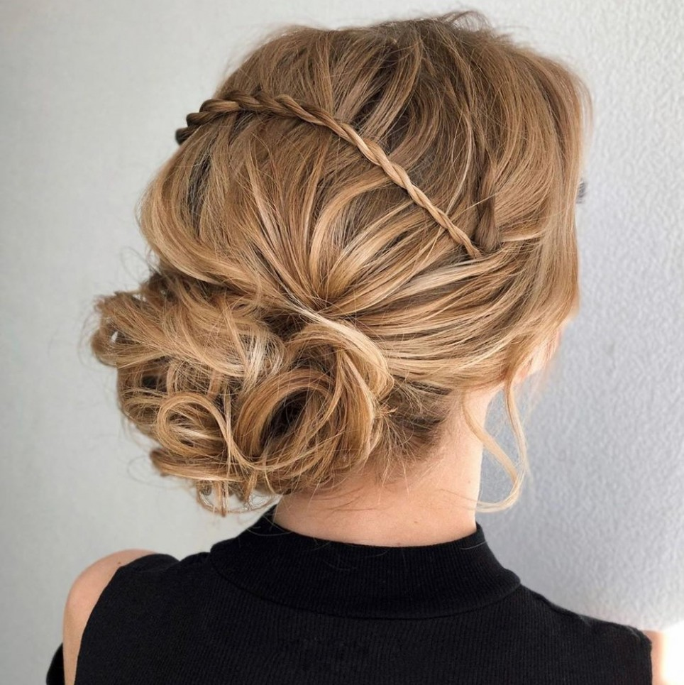 12 New Updo Hairstyles For Your Trendy Looks In 12 Hair Adviser Cute Curly Updos