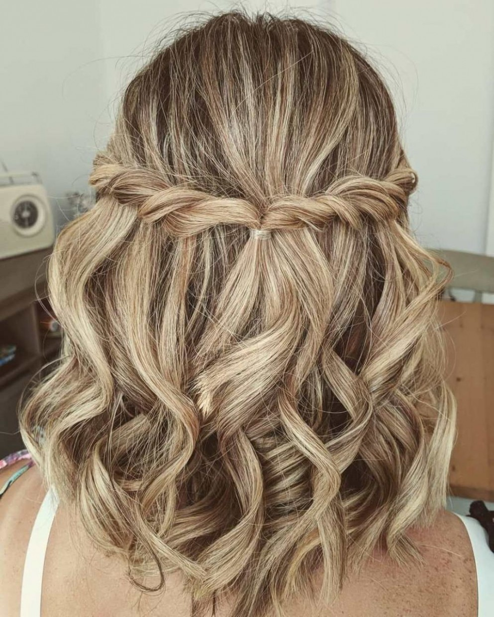12 Newest Short Formal Hairstyles Ideas For Women Updos For Short Prom Hairstyles