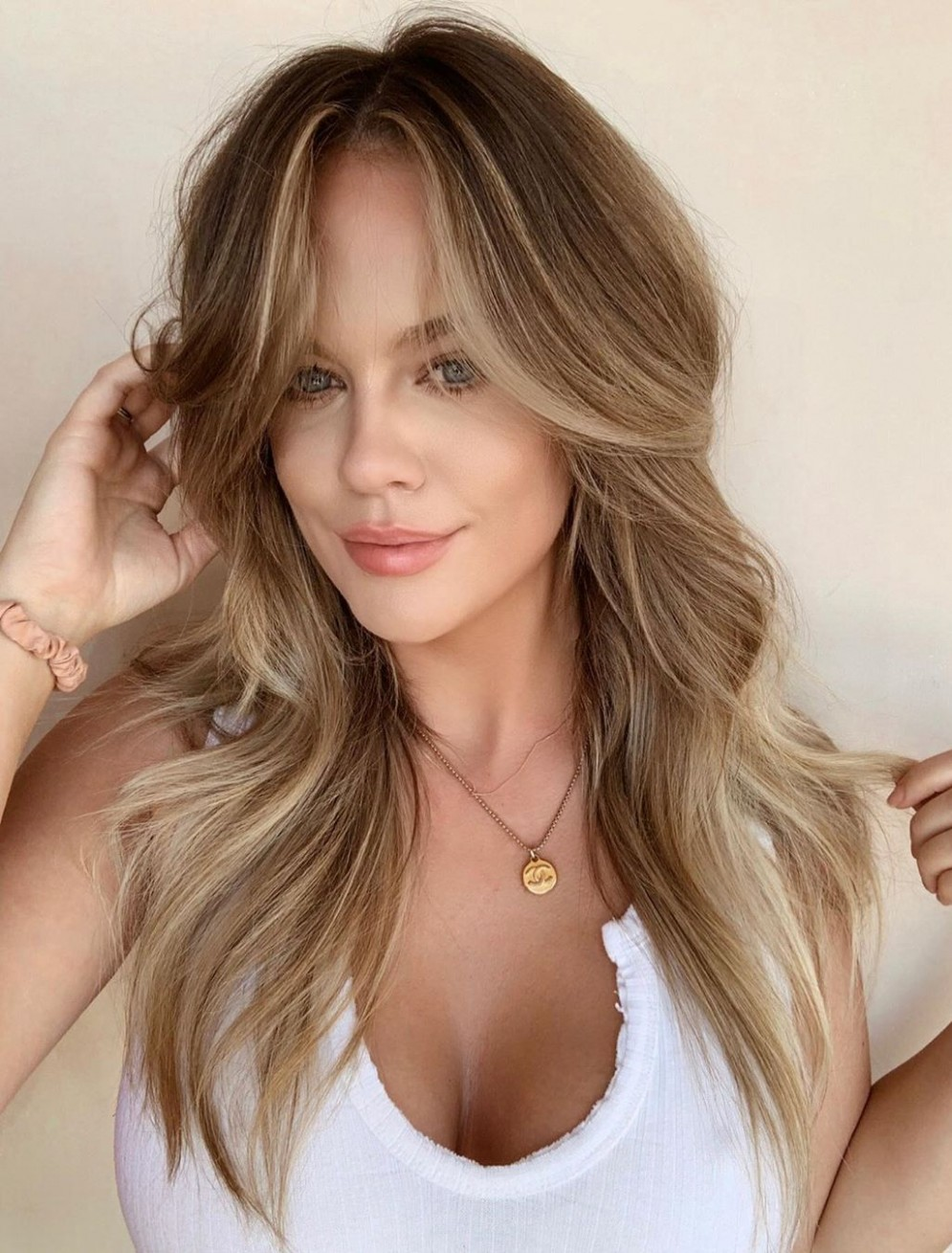 8 Best Hairstyles For Big Foreheads That Definitely Work Hair Haircut For Long Forehead