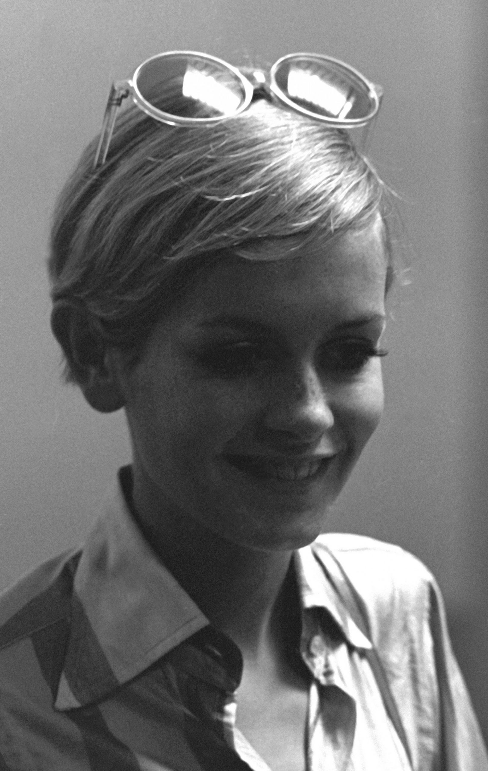 8 Best Pixie Cuts Of All Time Iconic Pixie Haircut Ideas Twiggy Pixie Cut