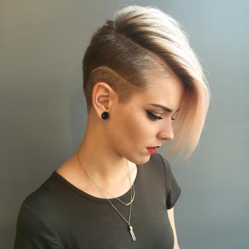 8 Best Shaved Hairstyles For Women In 8 Short Shaved Shaved Sides Long Top Girl