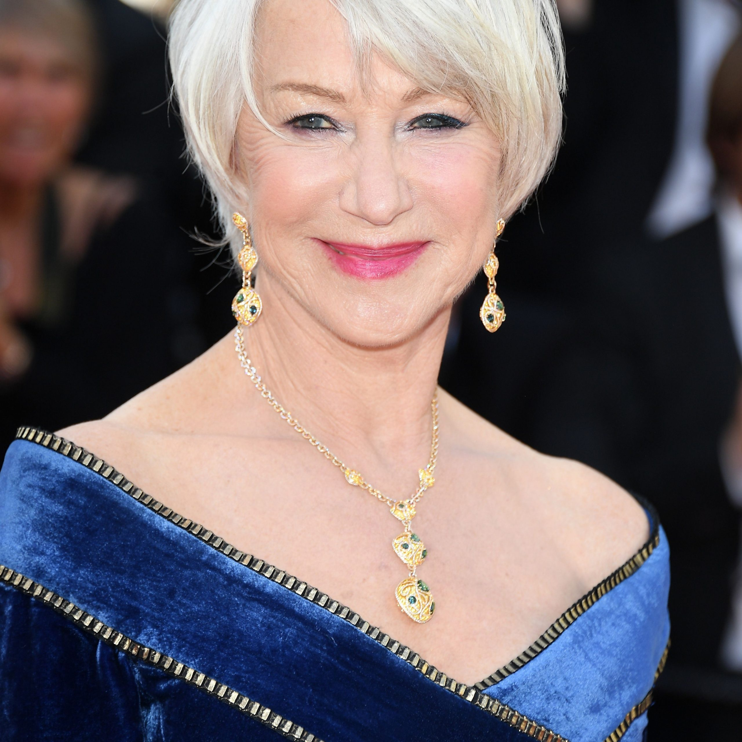 8 Classic And Cool Short Hairstyles For Older Women Mature Haircuts