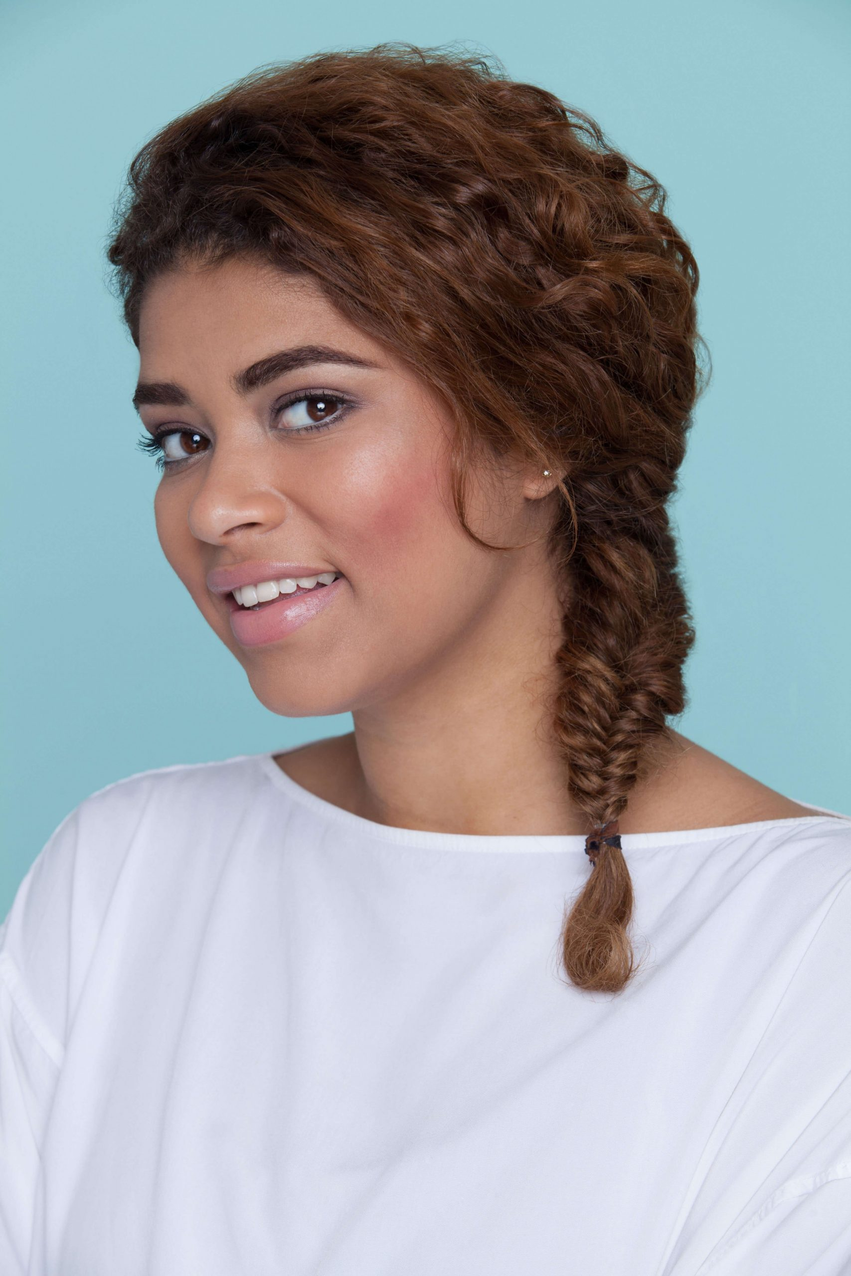 8 Easy And Modern Hairstyles For Thick Curly Hair Hairstyles For Thick Curly Hair