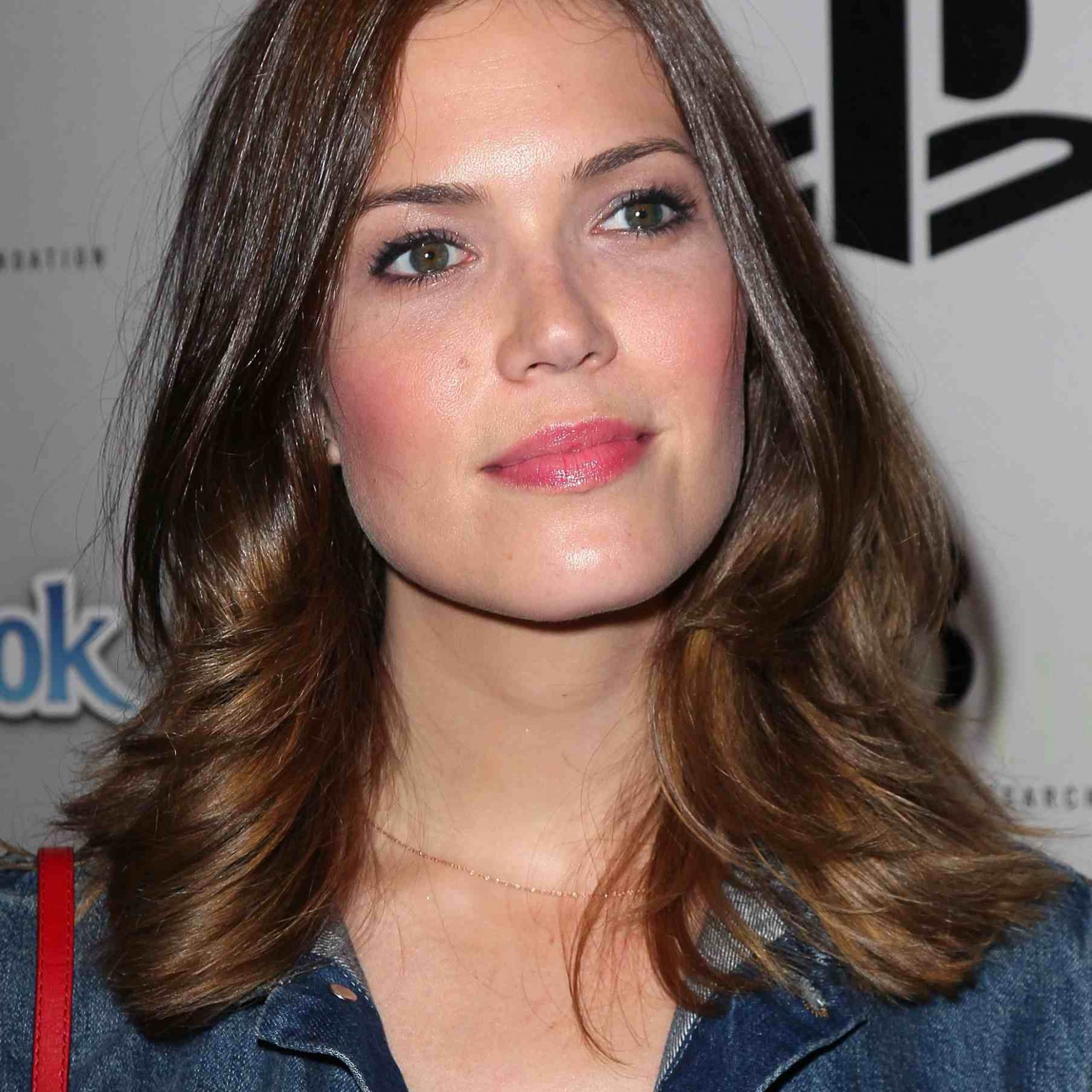 8 Great Haircuts For Your Square Shaped Face Haircuts For Wide Faces
