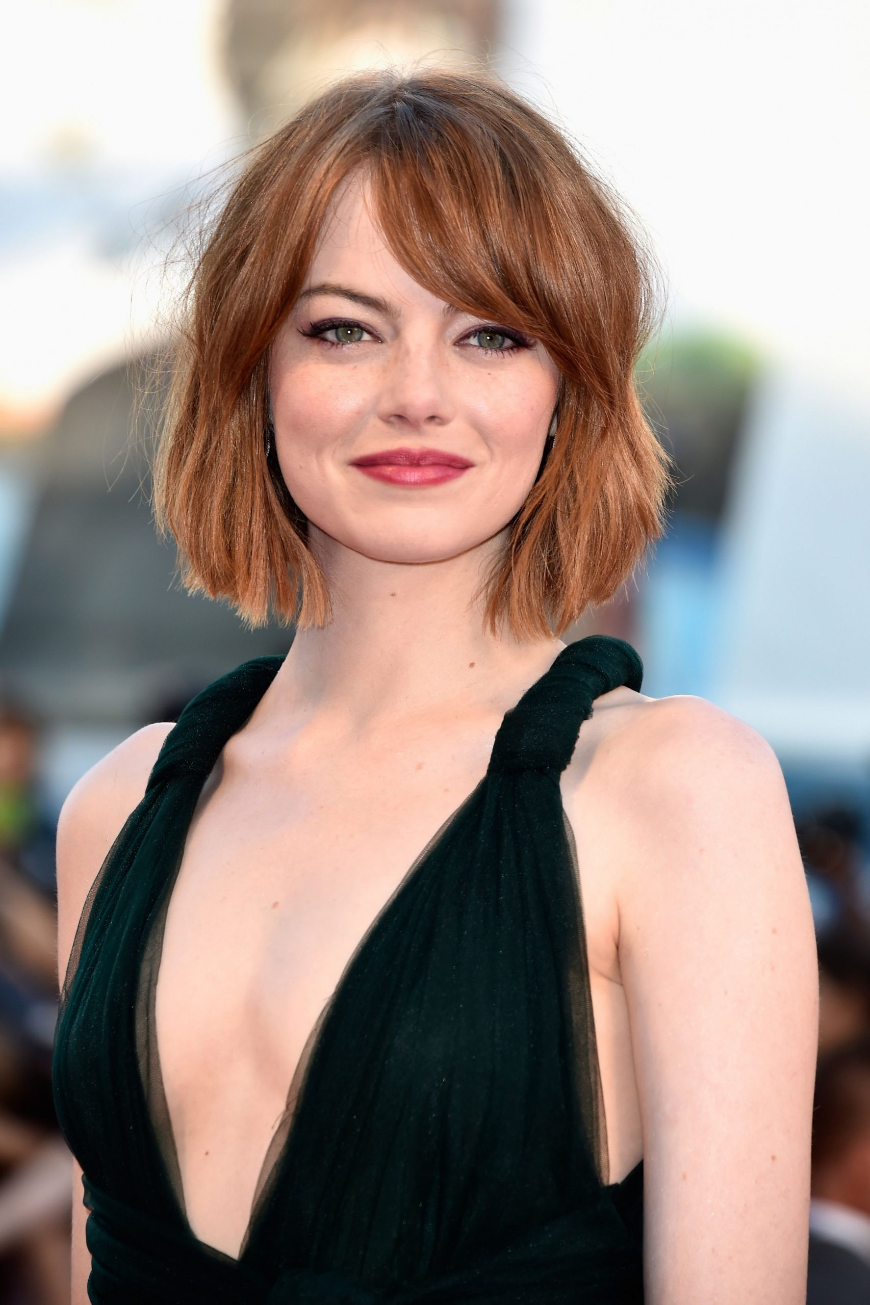 8 Hairstyles For Round Faces Best Haircuts For Round Face Shape Hairstyles For Round Faces And Thick Hair