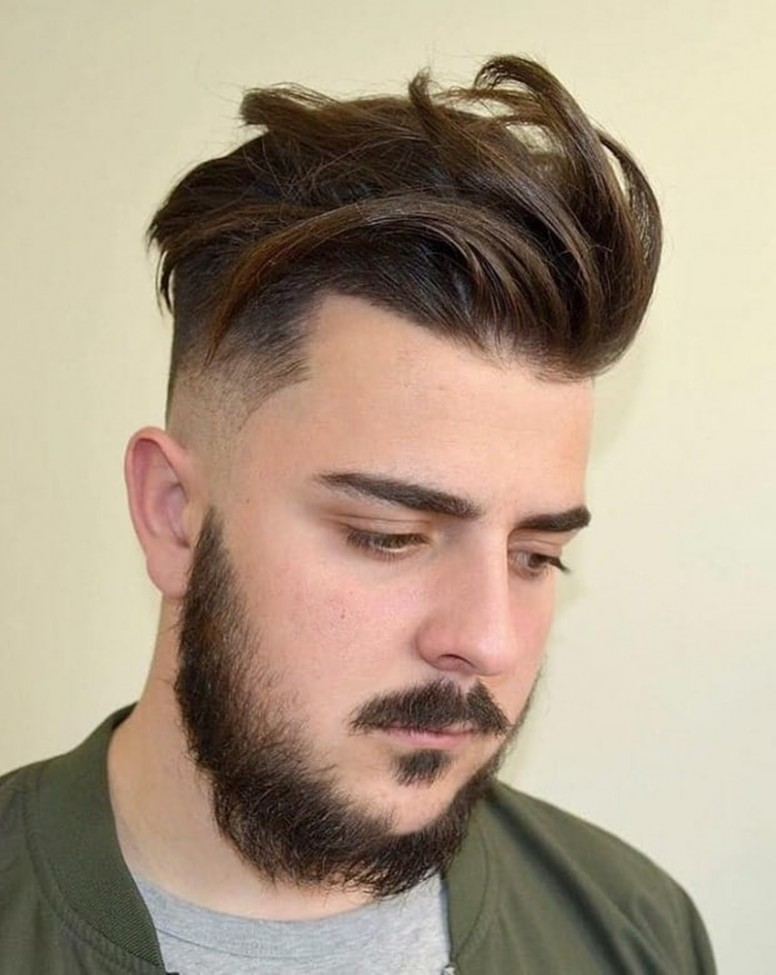 8 Hairstyles For Round Faces Men & What You Can Learn From Them Mens Hairstyle For Round Face Shape