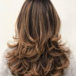 8 NEW Long Hairstyles With Layers For 8 Hair Adviser Cutting Layers In Long Hair