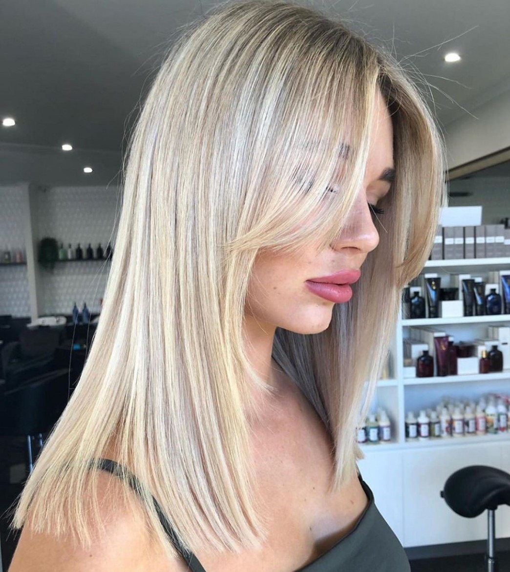 8 Trendy Haircuts And Hairstyles With Bangs In 8 Hair Adviser Long Side Bangs