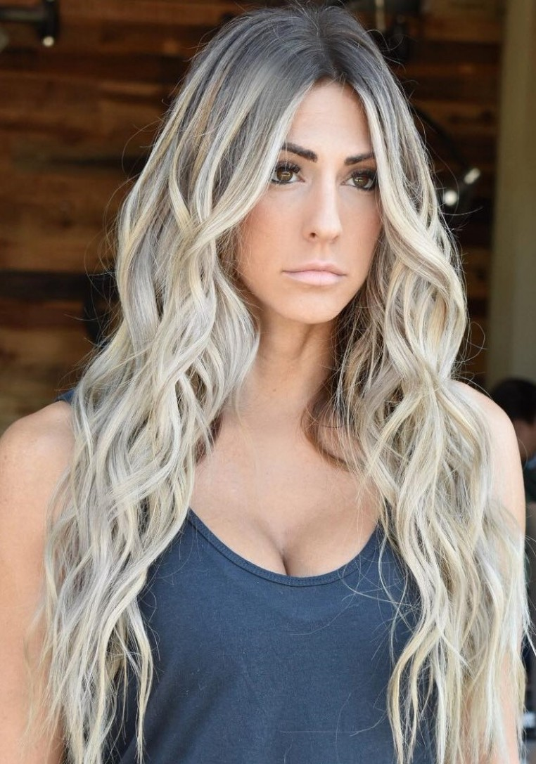 9 Best Haircuts For Long Faces In 9 Hair Adviser Hairstyles For Long Faces Over 40