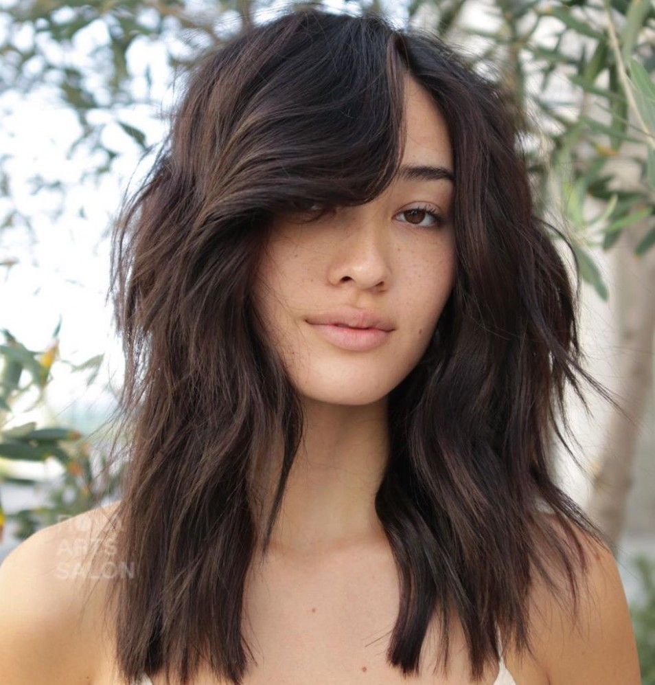 9 Best Ideas How To Cut And Style Side Bangs In 9 Hair Adviser Curly Side Swept Bangs