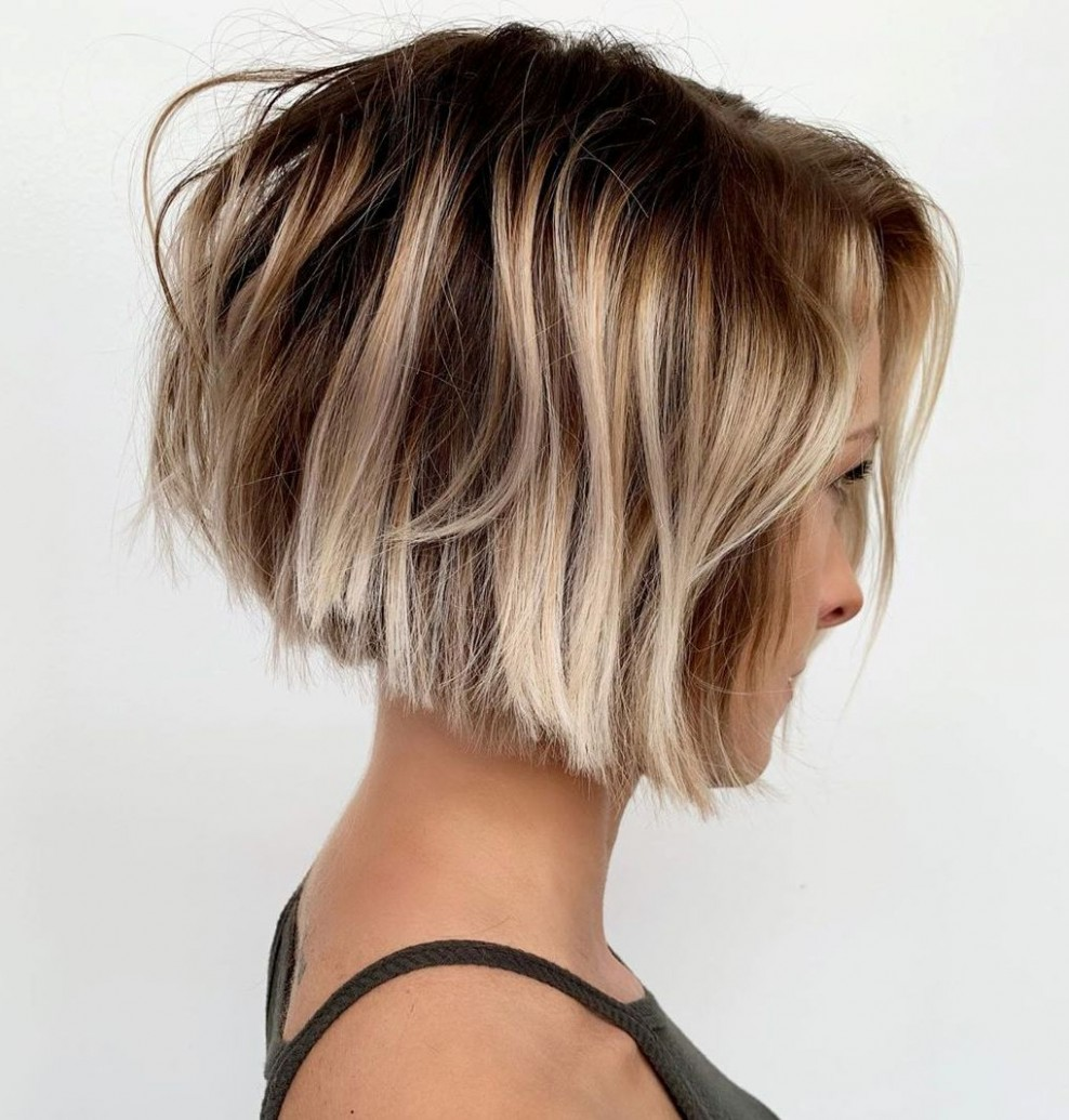 9 Blunt Cuts And Blunt Bobs That Are Dominating In 9 Hair Short Blunt Haircut With Layers