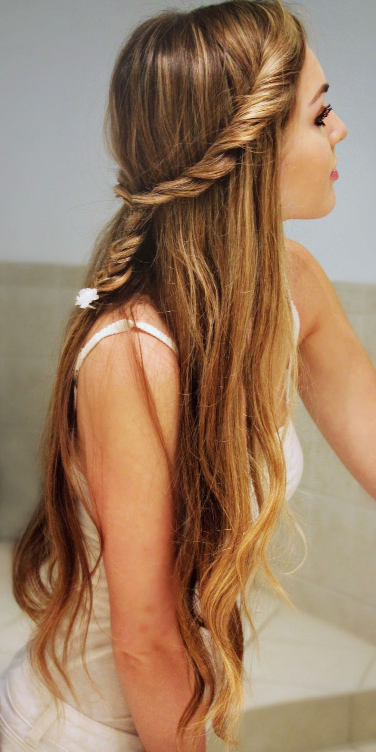 9 Cute Back To School Hairstyles For Girls Teenage Hairstyles Cute Hairstyles For Girls With Long Hair