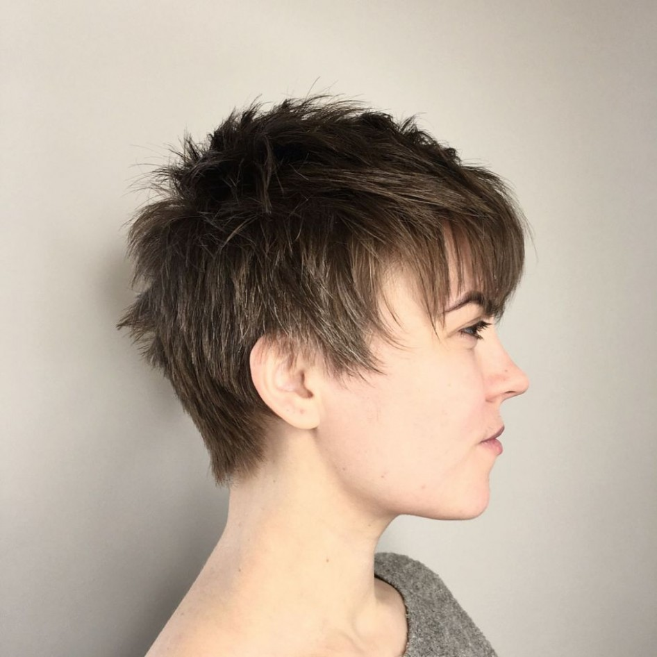 9 Cute Short Pixie Haircuts – Femininity And Practicality Androgynous Pixie Cut