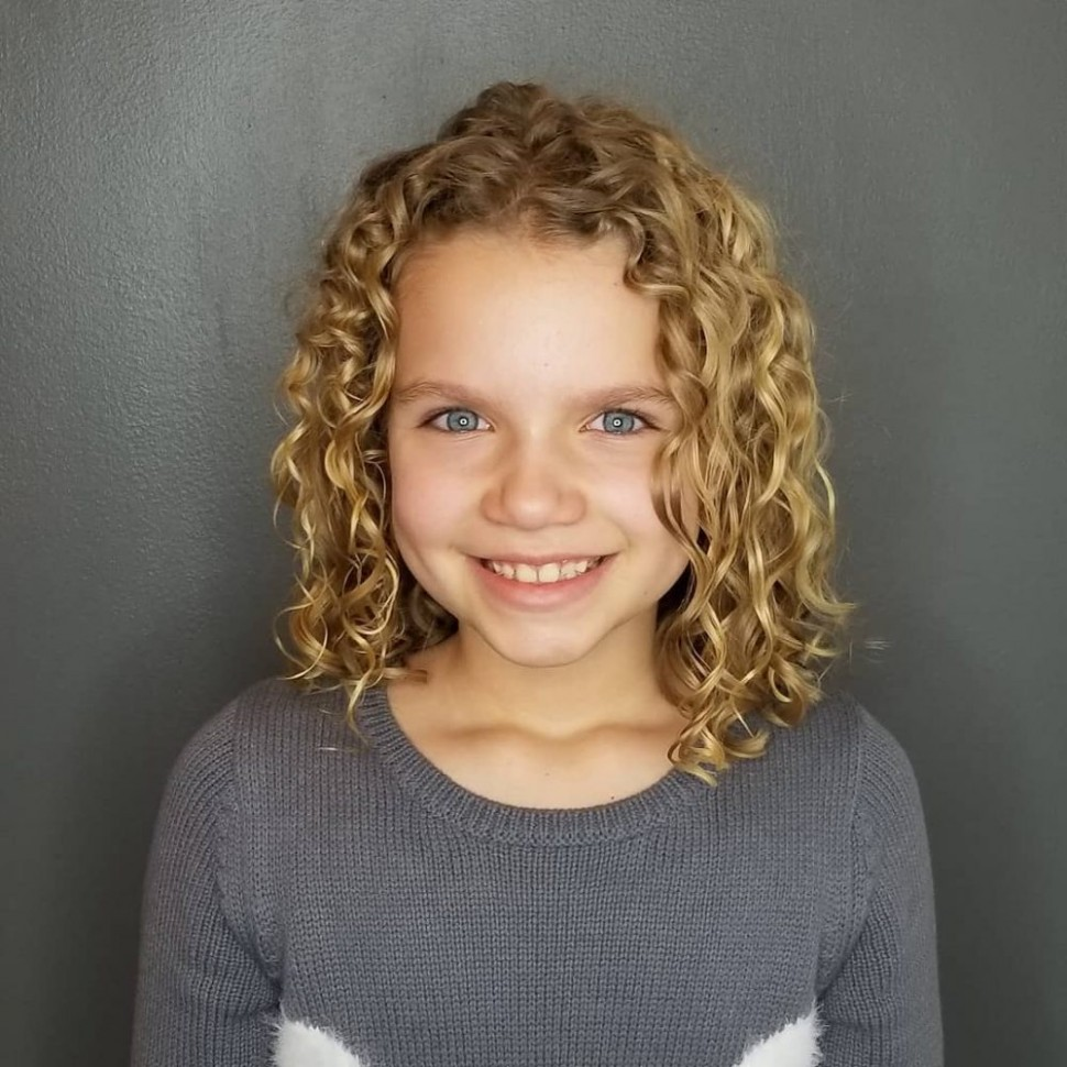 9 Cutest Hairstyles for Curly Hair Girls - Little Girls, Toddlers