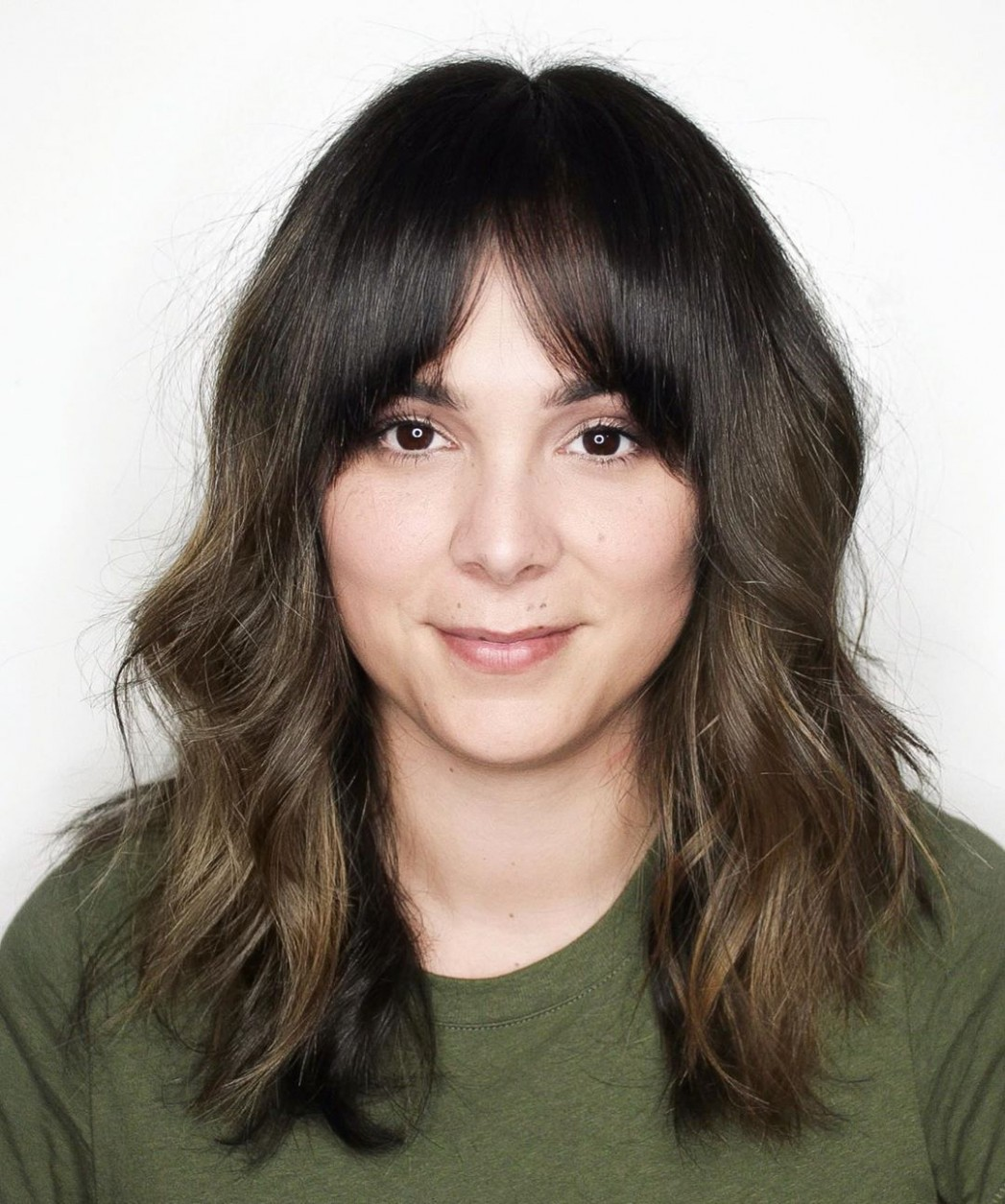 9 Most Trendy and Flattering Bangs for Round Faces in 9 - Hadviser