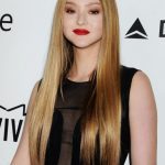 9 Of The Best Hairstyles For Long, Straight Hair The Skincare Edit Best Haircut For Long Straight Hair