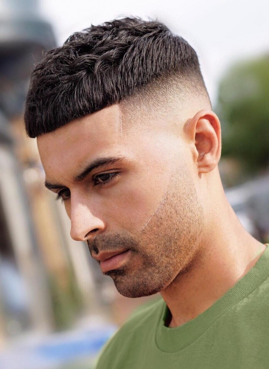 Best 12+ Low Maintenance Haircuts for Guys